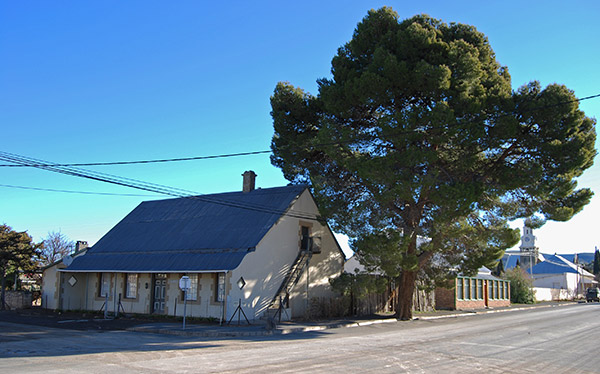A typical Karoo cottage in Sutherland