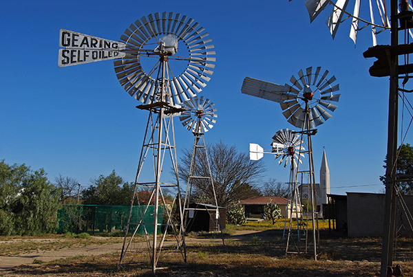 Loeriesfontein wind pump museum with the NG Kerk in the background