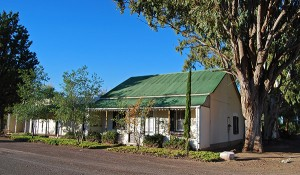 A beautifully restored Karoo cottage in Loxton basks in the early morning sunlight