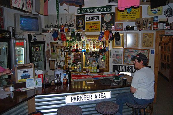 Doppies Bar in Williston