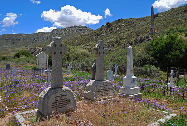 The family graves of Douglas and Emma Logan in the Monument Graveyard west of Matjiesfontein