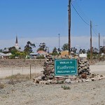 The entrance to Rietbron village on the road from Beaufort West