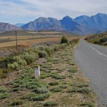 The Rooihoogte Pass provides sweeping views of the Langeberge and the Koo Valley