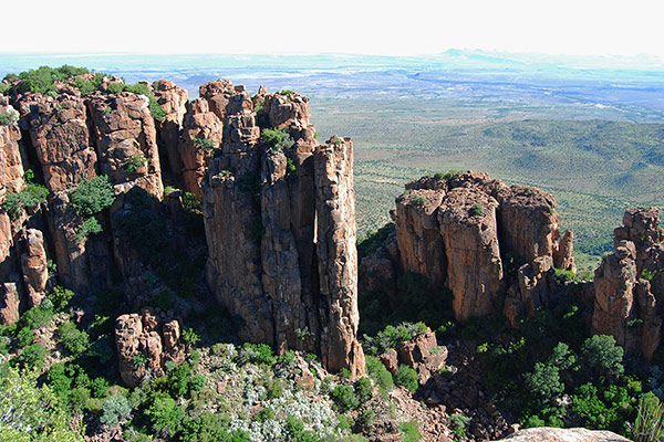 Dolerite cliffs in the Valley of Desolation