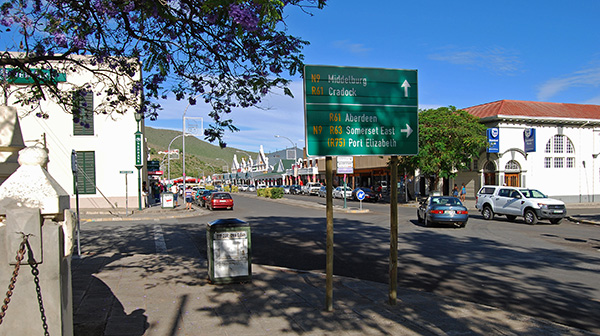 Caledon Street crossroads in the centre of Graaff-Reinet