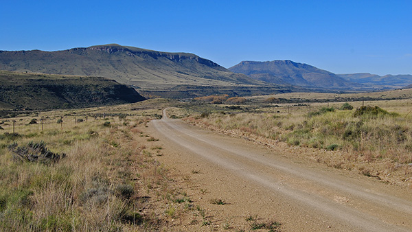Road towards Cradock from the summit of the Buffelshoek Mountain Pass