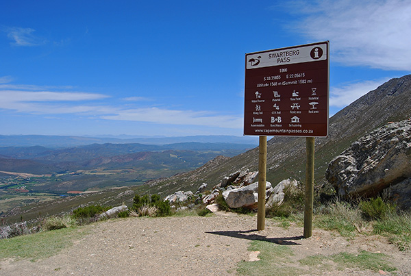 View from Swartberg Pass towards Calitzdorp