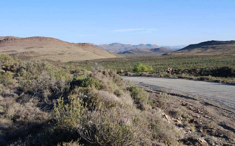 Road from Richmond to Graaff-Reinet